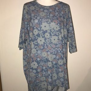 XL LuLaRoe Irma Top